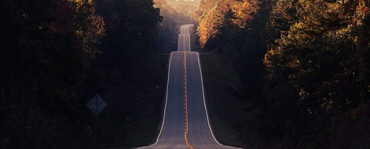 A long road, representing interstate movers florida