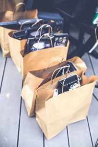 Packing for a Pinellas County move cannot be done with shopping bags. You need proper packing supplies