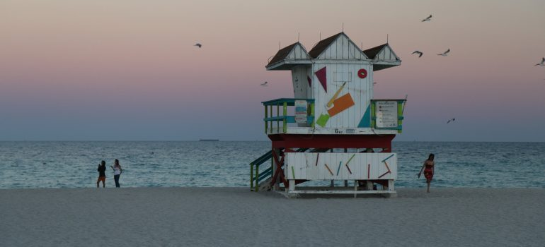 Movers Gulfport Fl are here to help you relocate to this lovely coast