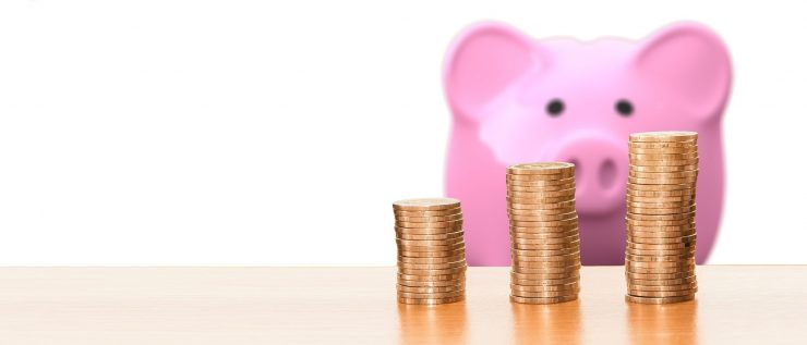 Hire Belleair movers and stop worrying about your budget