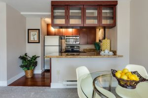 Learn how to unpack into a small kitchen and achieve full functionality.