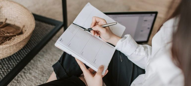 Create a moving list and set a budget.